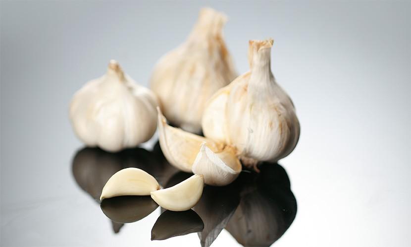 本月一个好改变/每天吃1~3瓣生大蒜-保护心血管