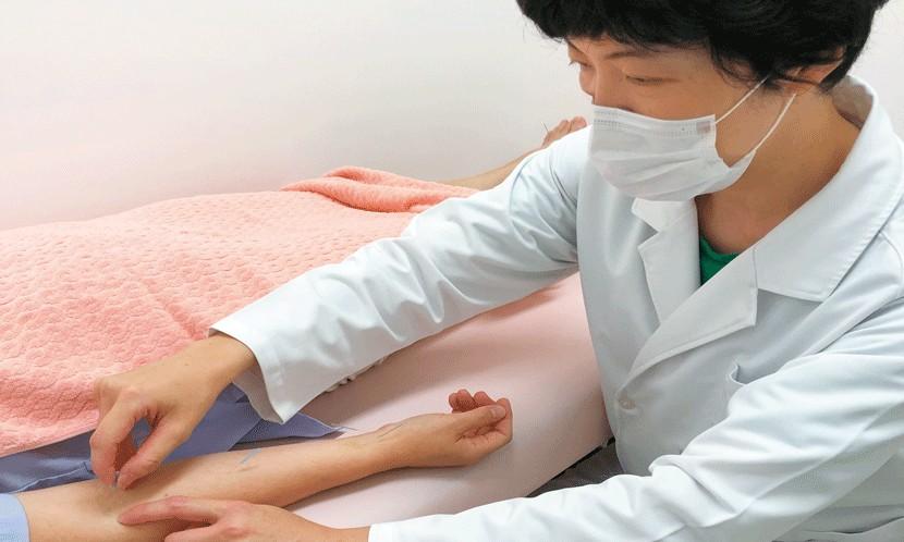 日本针灸名师隐身涩谷-1小时只看1位患者